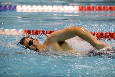 swimmer-659908_1920-400x270-MM-100